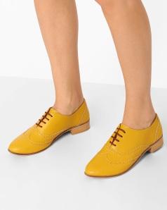 -1117Wx1400H-460072594-yellow-MODEL